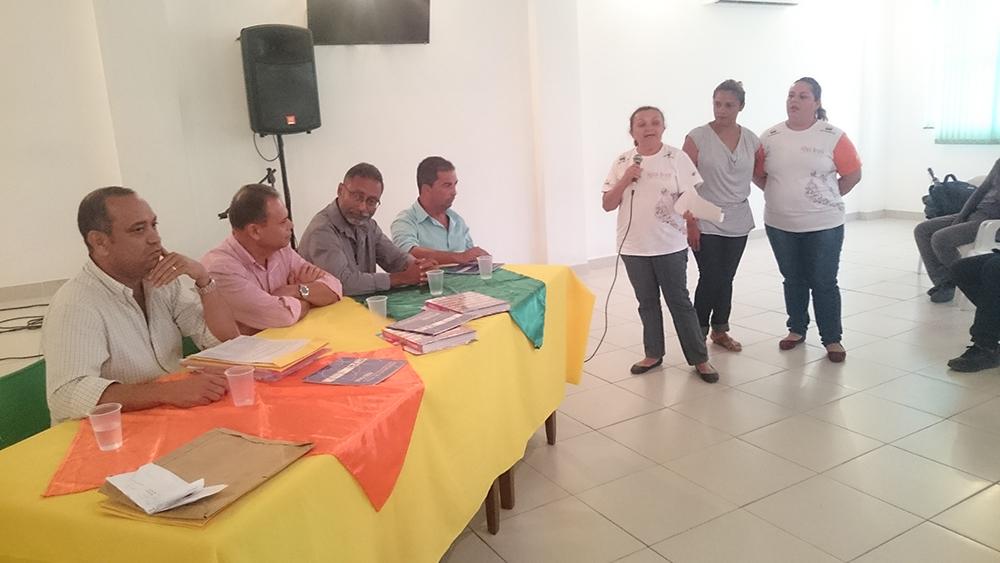 Audiencia Queimados Prefeito, secretários parceiros locais Dequinha e Ribamar
